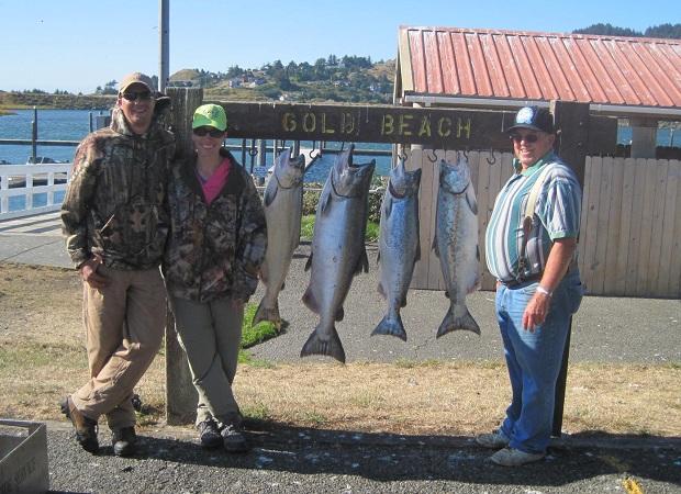 Rogue river fish report september 6 2011 memory for Oregon coast fishing report
